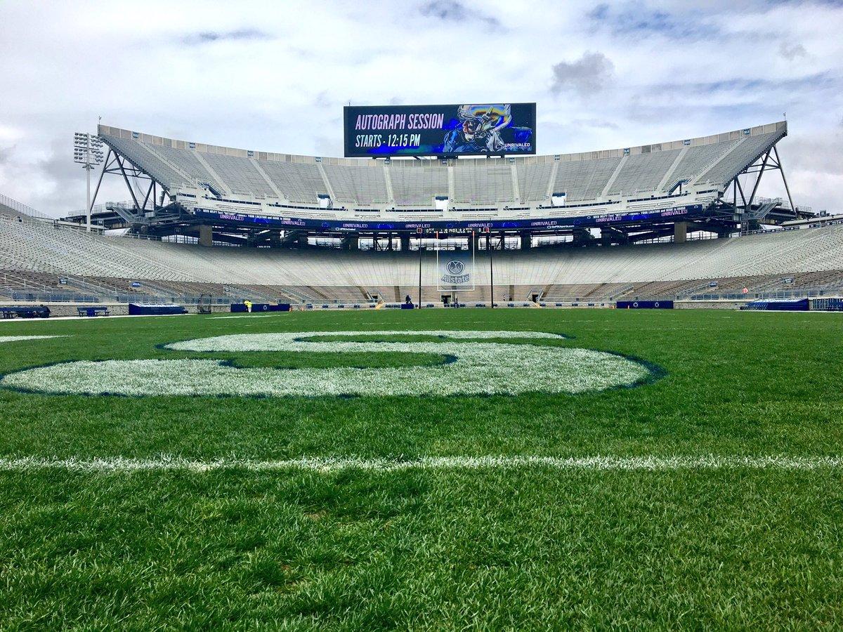 Stadium Blue White